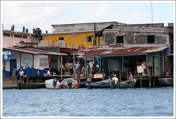 Waterfront Stores in Fronteras