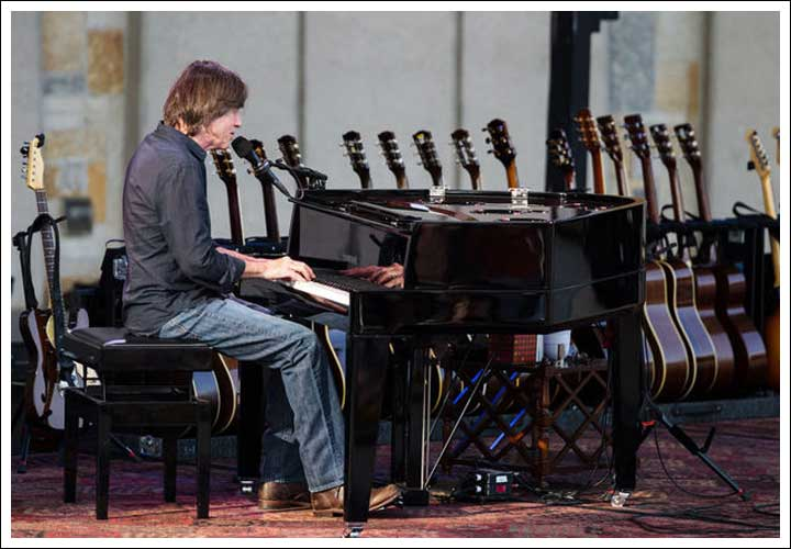 Jackson Browne Unplugged