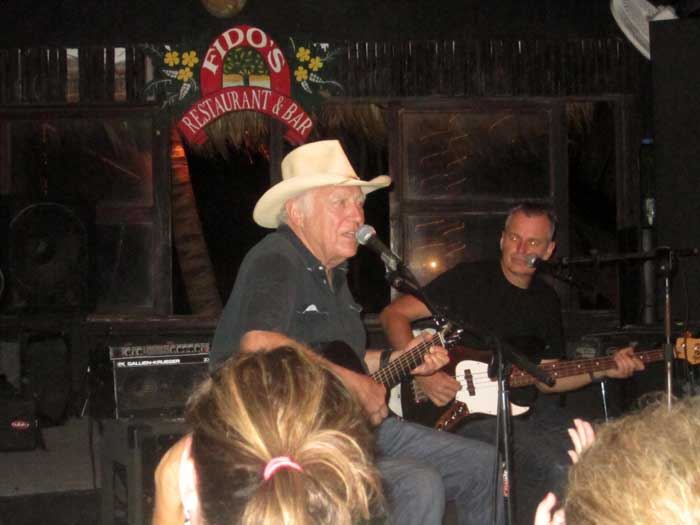 Jerry Jeff Walker at Fido's on Ambergris Caye
